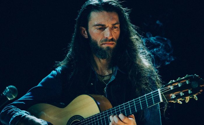On the Virtuosity of Estas Tonne